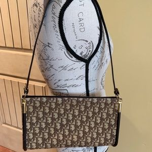 Vintage Dior shoulder bag
